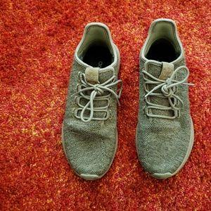 Adidas men's size 8 shoes Light Brown
